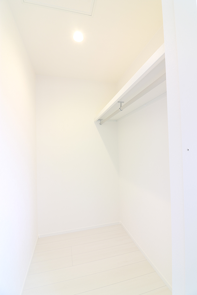 2階の2部屋はウォークインクローゼットで大容量です